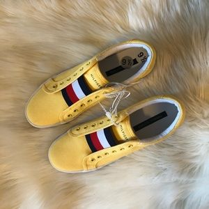 Tommy Hilfiger Cute Yellow NWT Sneakers!